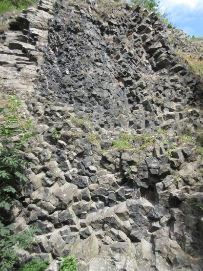Basalt, durch Hitze und hohem Druck umgewandelte Lava